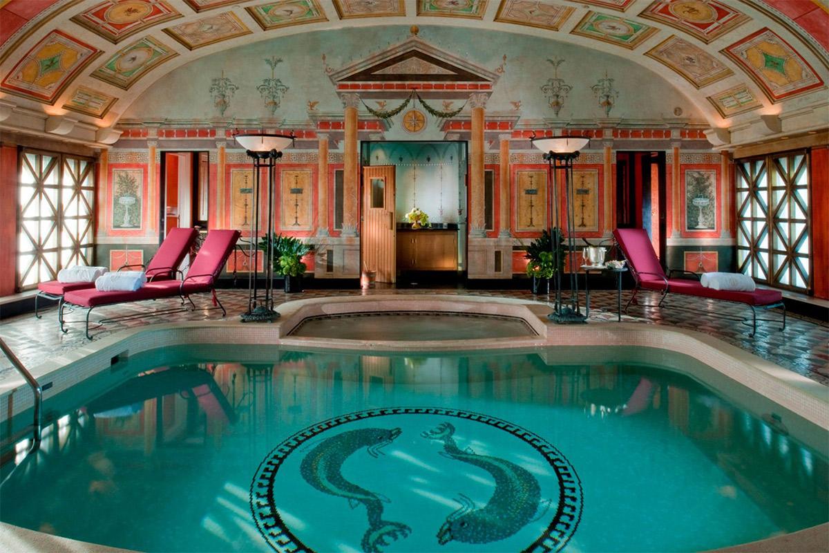 presidential-suite-swimming-pool-at-hotel-principe-di-savoia-milan-conde-nast-traveller-19may15-pr_1440x960