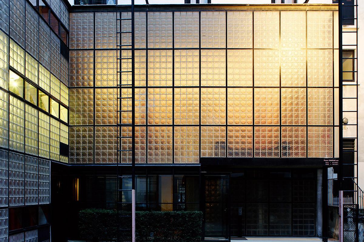 tjm_666-chareau_f006-glasshouse-2