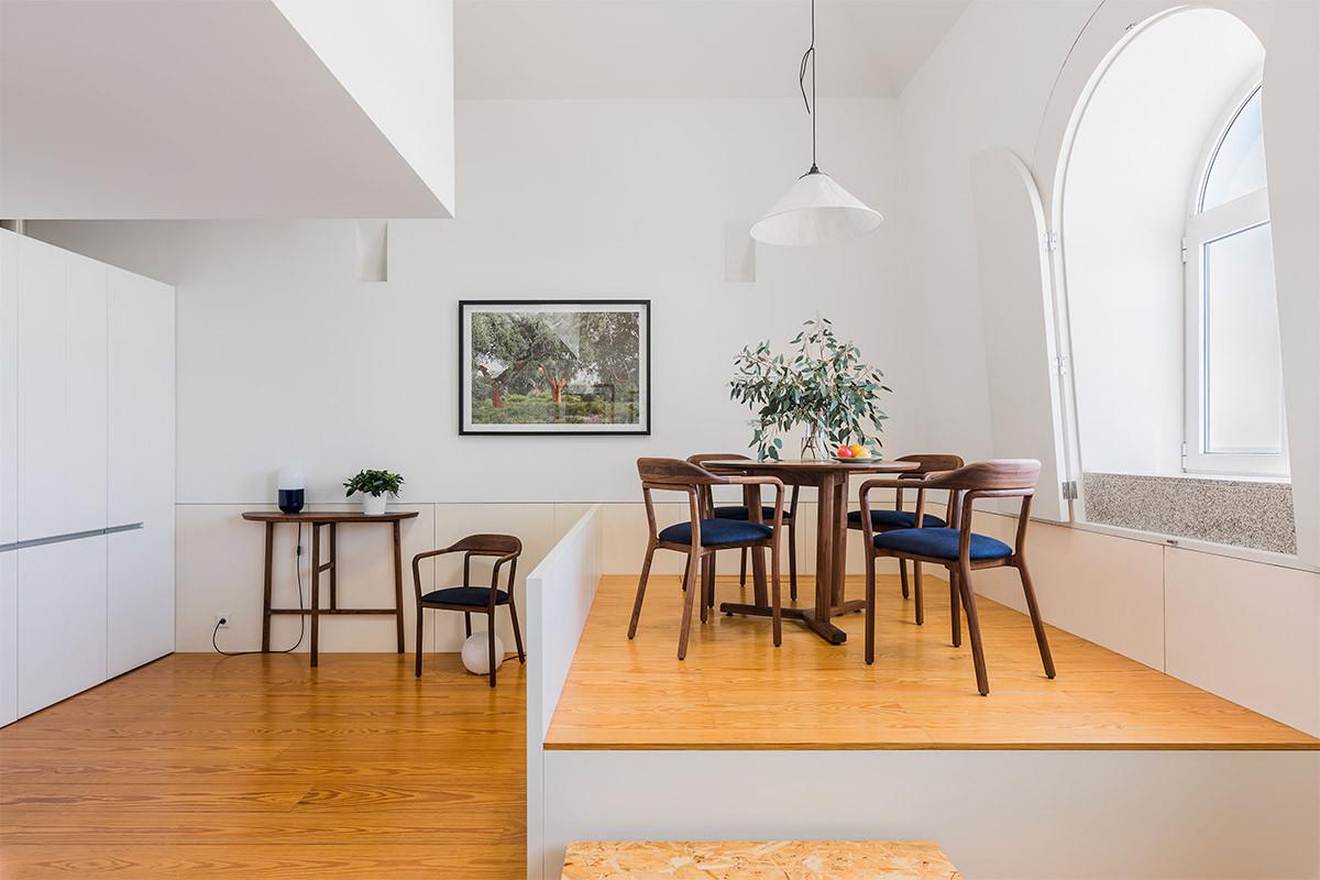 tpt-de-la-espada-apartment-at-flattered-porto-photo-by-carlos-teixeira-1
